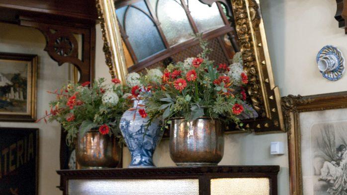 Can Joan de s'Aigo flores